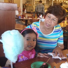Photo taken at Golden Corral by Xavier on 6/25/2013