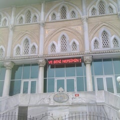 Photo taken at Haydarpaşa Camii by Harun C. on 2/12/2015