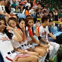 Photo taken at 청주종합운동장 야구장 (Cheongju Baseball Stadium) by DongHwa L. on 8/5/2014