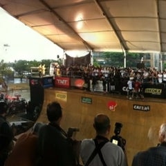 Photo taken at Oi Vert Jam by Fernando T. on 3/4/2012
