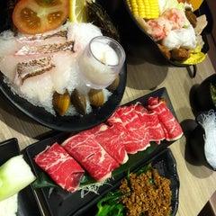Photo taken at Fong Lye Taiwan Restaurant (蓬莱茶房) by Ching K. on 9/1/2012