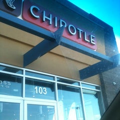 Photo taken at Chipotle Mexican Grill by J R G. on 3/20/2012
