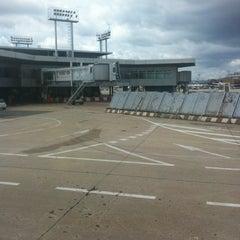 Photo taken at Gate B11 by Yann on 7/9/2012