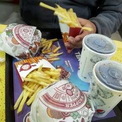 Photo taken at Burger King by Macarena G. on 7/23/2012