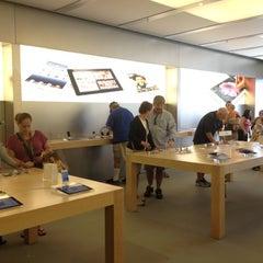 Photo taken at Apple Store, Lehigh Valley by Karen H. on 7/21/2012