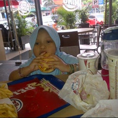 Photo taken at Burger King by TMD T. on 2/6/2012
