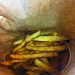 Photo taken at Five Guys by Manon B. on 3/24/2012