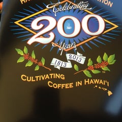 Photo taken at Maui Oma Coffee Roasters by Greg S. on 4/16/2012