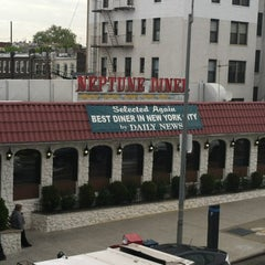Photo taken at Neptune Diner by Gregorio P. on 4/26/2012