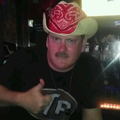 Photo taken at Nobles Bar & Grill by Leslie K. on 5/5/2012