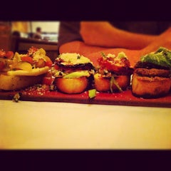 Photo taken at Brio Tuscan Grille by Lisa F. on 8/11/2012