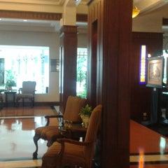 Photo taken at Hotel Majapahit by Wahju W. on 4/12/2015