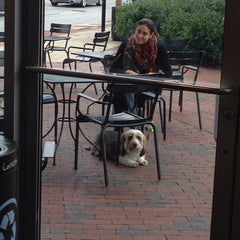 Photo taken at Starbucks by Elliott P. on 10/12/2013