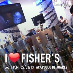 Photo taken at Fisher's Acapulco by Pako F. on 3/30/2013
