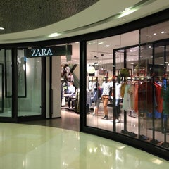 Photo taken at ZARA by Kenny T. on 6/6/2013