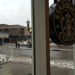 Photo taken at Starbucks by francisco a. on 1/2/2014