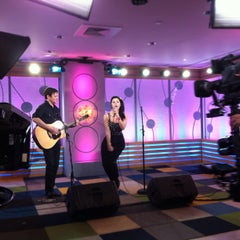 Photo taken at VH1 Big Morning Buzz Live Studio by VH1 on 3/12/2013