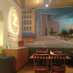 Photo taken at Ziggy's Burgers by danzrr on 1/5/2013