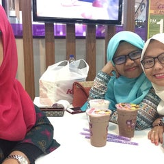 Photo taken at Chatime by Faizzati A. on 7/4/2015