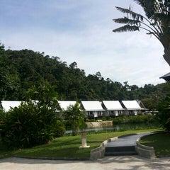 Photo taken at คลองพร้าว รีสอร์ต (Klong Prao Resort Koh Chang) by Татьяна М. on 11/3/2015
