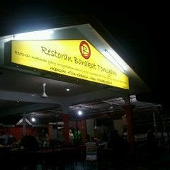 Photo taken at Barakat Tomyam Seafood by Herry S. on 12/29/2012