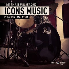 Photo taken at ICONS Music by Zakie Z. on 1/28/2013