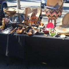 Photo taken at Corte Madera Farmers Market by Arthur♡♡♡ on 10/28/2015