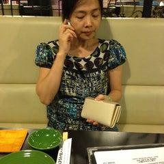Photo taken at The Sushi Bar 5 @ Thiên Sơn Plaza by 💪Leo N. on 5/12/2013