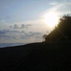 Photo taken at Pantai Kuwaru by RahmanMuslih on 7/20/2014
