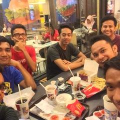 Photo taken at McDonald's by koJek on 9/26/2015