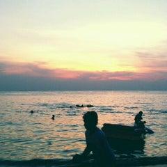 Photo taken at หาดบางแสน (Bang Saen Beach) by Apichat C. on 12/31/2012