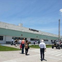 Photo taken at Aeroporto Internacional de Florianópolis / Hercílio Luz (FLN) by Giselle L. on 12/4/2012