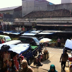 Photo taken at Pasar Bogor by Chelsea M. on 4/30/2013