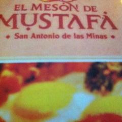 Photo taken at Restaurante Mustafa by Oscar F. on 8/11/2013