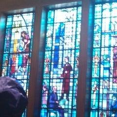 Photo taken at Tree of Life Synagogue by Rebekah J. on 8/4/2013