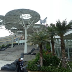 Photo taken at Mall @ Alam Sutera by Kendrick A. on 4/17/2013