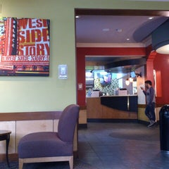 Photo taken at Starbucks by Fernanda M. on 4/27/2013