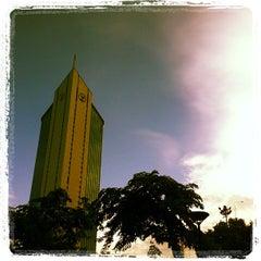 Photo taken at ธนาคารกสิกรไทย สำนักงานใหญ่ (KASIKORNBANK Head Office) by Beer K. on 5/19/2013