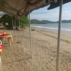 Photo taken at Restaurante Camaron Dorado by Esteban M. on 5/12/2012