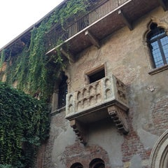 Photo taken at Casa di Giulietta by Pat S. on 10/21/2012