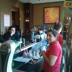 Photo taken at Ruby Tuesday by Felipe J. on 2/28/2012