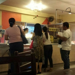 Photo taken at CnT Lechon by Gil Anthony A. on 10/23/2015
