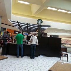 Photo taken at Starbucks by Tata L. on 5/8/2013