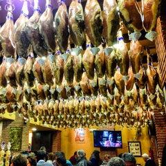 Photo taken at Restaurante La Cueva by Ryota S. on 3/13/2014