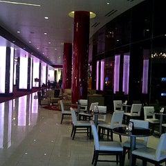 Photo taken at Elara, Hilton Grand Vacations-Center Strip by Edgar A. on 12/30/2012