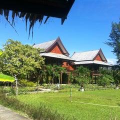 Photo taken at ThaiLife Homestay Resort & Spa by Pramote M. on 1/14/2013
