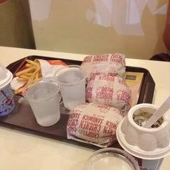 Photo taken at McDonald's by Kay O. on 11/22/2014