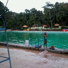 Photo taken at Tirta Wiguna Swimming Pool by Galih H. on 5/10/2013