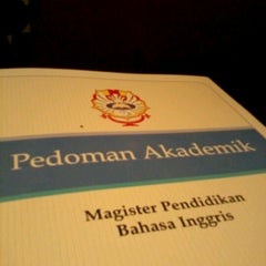 Photo taken at Pascasarjana Universitas Katolik Widya Mandala by Satria K. on 10/20/2012