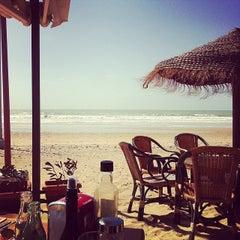Photo taken at Chiringuito La Ola Bar by Lars B. on 3/4/2014
